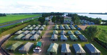 Outdoor tent hruen