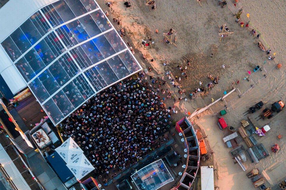 Huur een transparante tent voor jouw festival of evenement