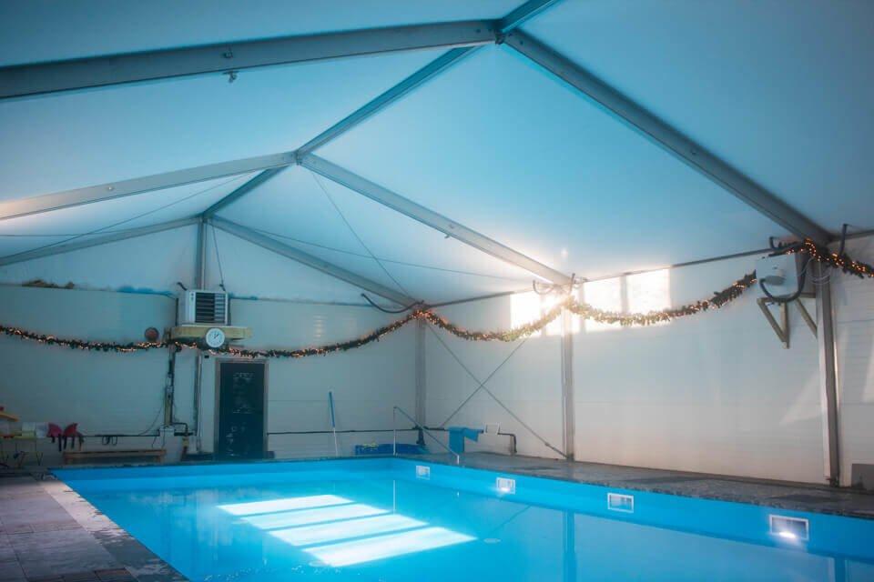 Overkapping voor een zwembad huren?