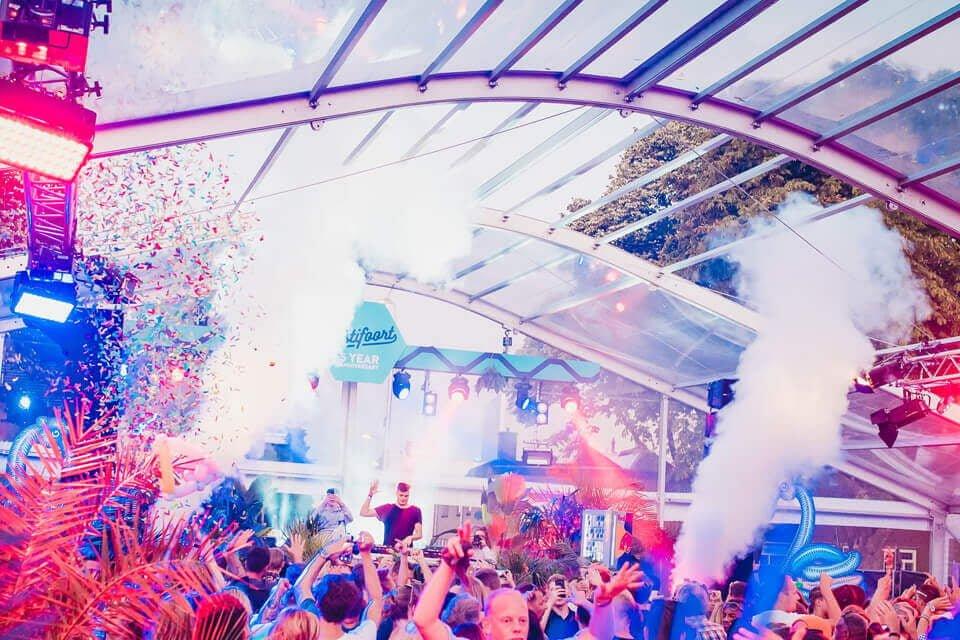 Transparante tent huren festival